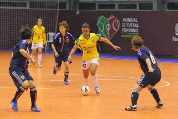 женский футзал, Lucileia Renner Minuzzo, 2013, Futsalplanet, Лучшая футзалистка, Best Woman Futsal Player, AGLA Futsal, Awards 2013, Ваннеса