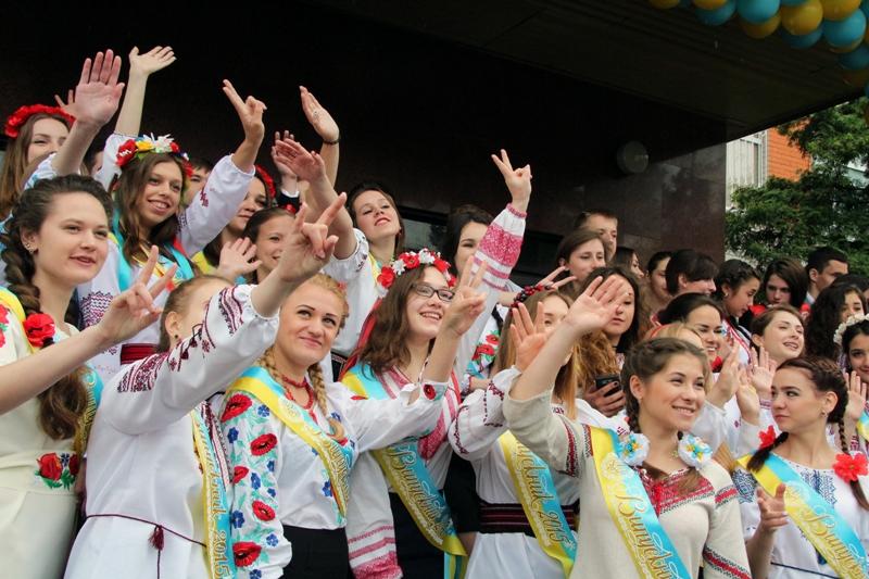 Коцюбинське, Ірпінь, Карплюк, останній дзвоник, 2015, випуск, ЗОШ №18, Біличанка, ДЮСШ, спортсмени, футзал, спорт, школа